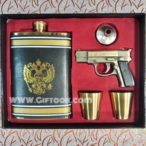 ست قمقمه جیبی و ۲ لیوان استیل همراه با روکش چرم و فندک گازی چراغدار طرح تفنگ