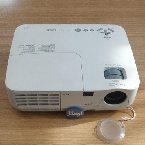 تصویر ویدئوپروژکتور ان ای سی NEC NP210 : روشنایی 2200 لومنز ، رزولوشن 1024x768 XGA (کارکرده)