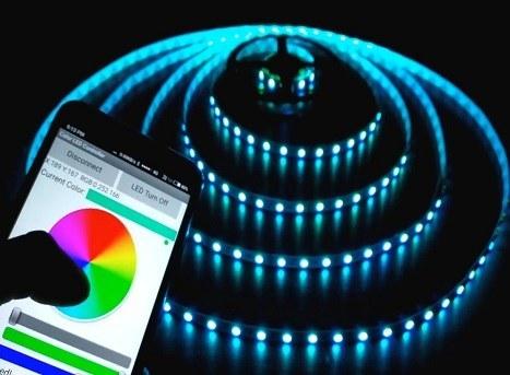 تصویر پروژه کنترل از راه دور رنگ led با استفاده از بلوتوث موبایل