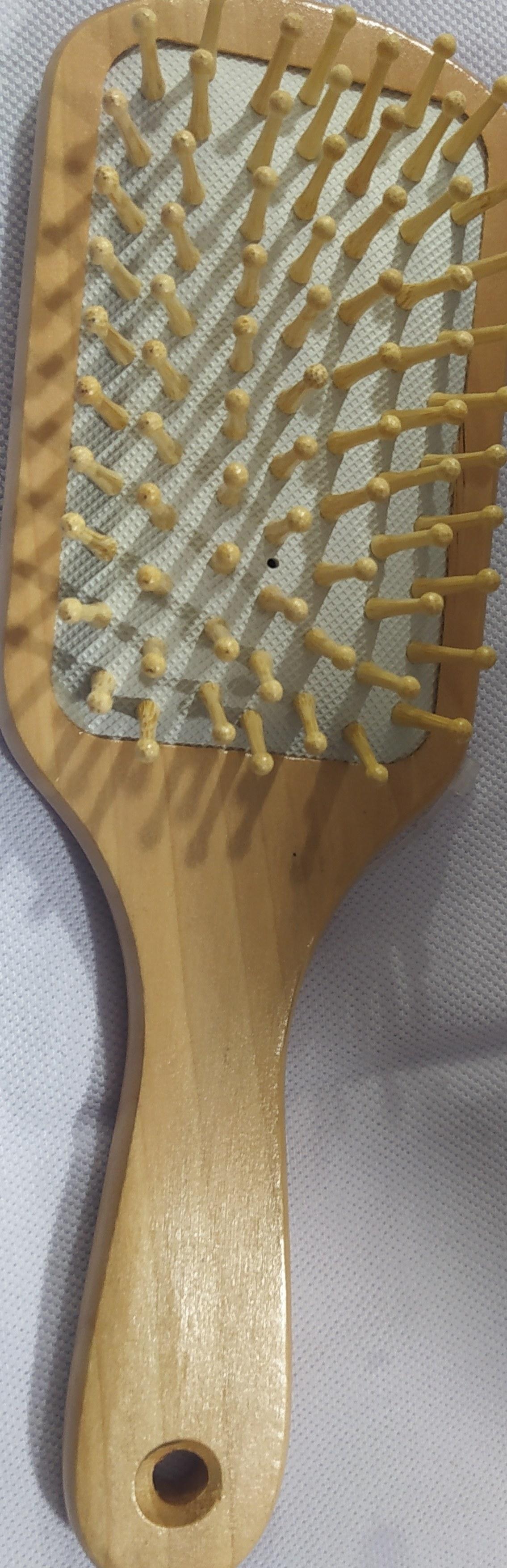 تصویر برس چوبی