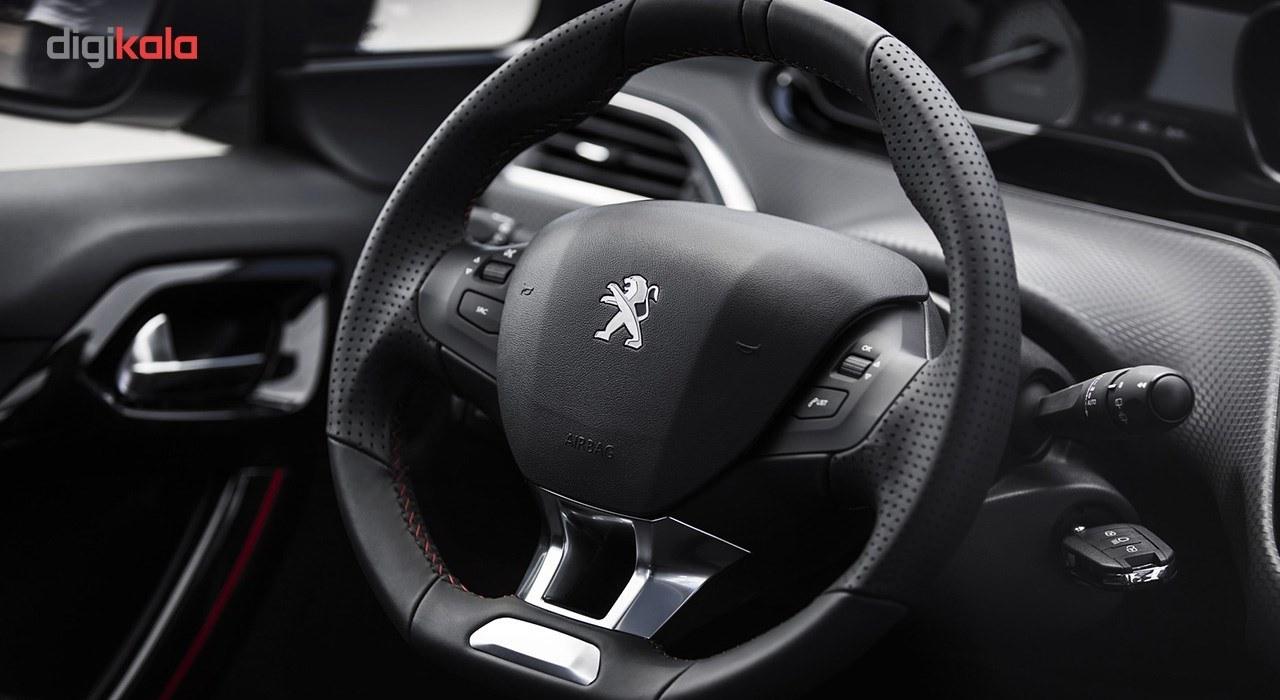 عکس خودرو پژو 2008 اتوماتیک سال 1396 Peugeot 2008 1396 AT خودرو-پژو-2008-اتوماتیک-سال-1396 16