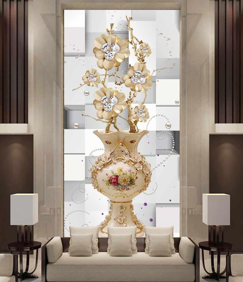 تصویر گلدان چینی زیبا با گل های طلایی