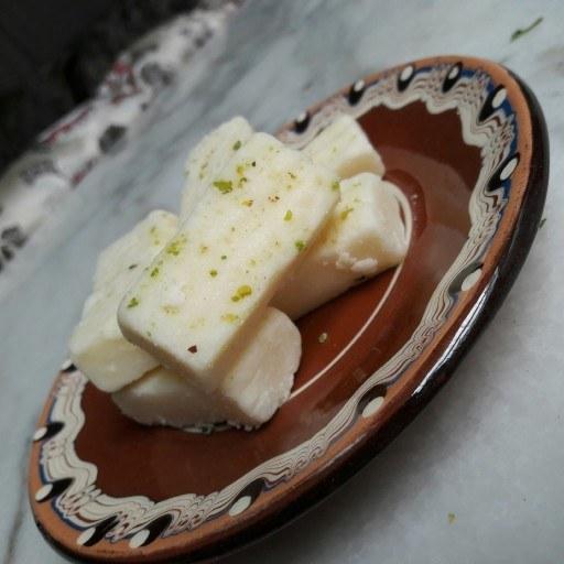 بستنی خشک سنتی تبریز |