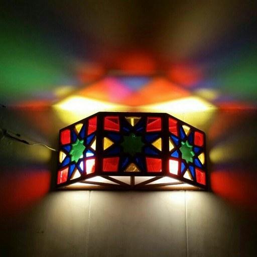 بازتاب نور رنگی | لوستر دیواری ابعاد 40 در 20