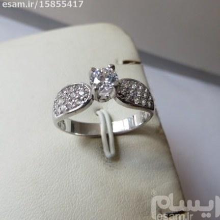 انگشتر  زنانه نقره سولیتر بسیار ظریف و زیبا بانگین های کوارتزسفید مدروز | انگشتر زنانه نقره سولیتر مجلسی تایلندی 1.98g