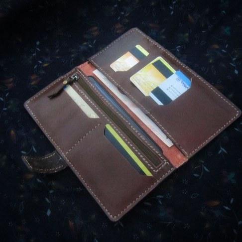 عکس کیف چرمی جیبی مردانه  کیف-چرمی-جیبی-مردانه