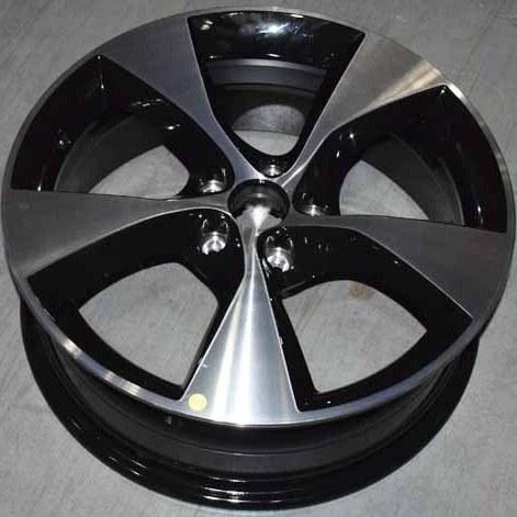 تصویر رینگ چرخ آلومینیومی تیگو7