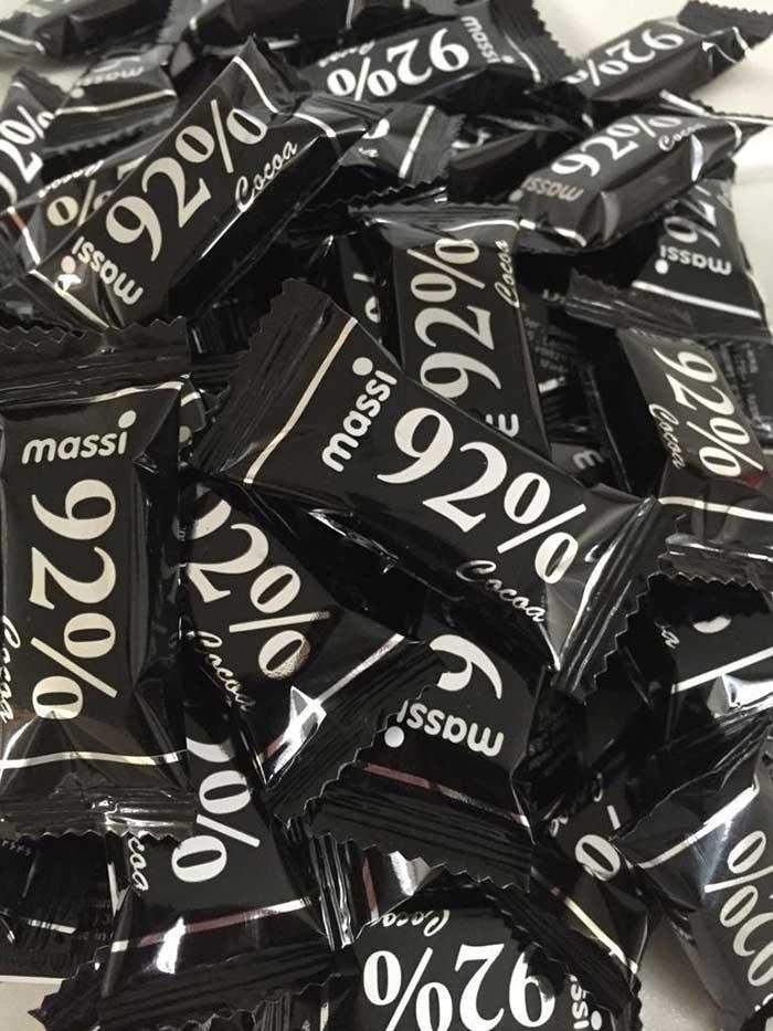 تصویر شکلات تلخ 92 درصد ماسی