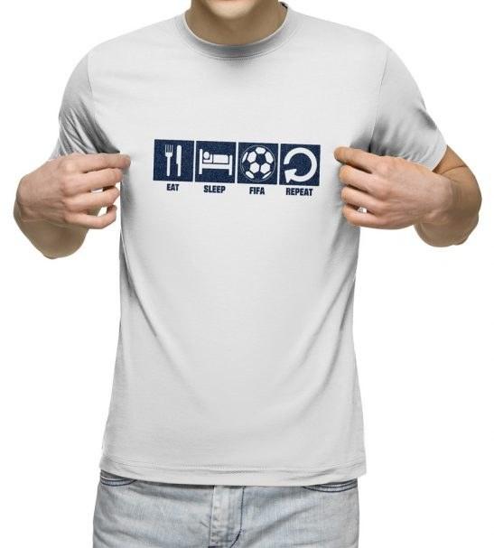 تیشرت آستین کوتاه مردانه یقه گرد سفید طرح فیفا 2019 کد 13237