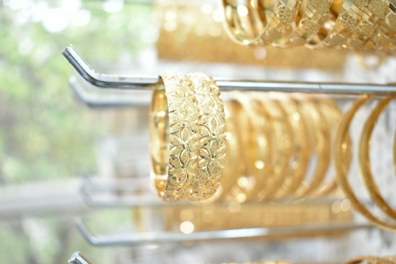 تصویر النگو برنج طرح طلا