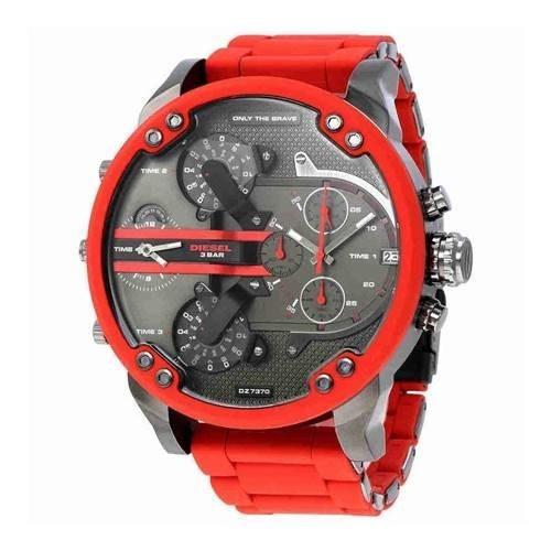 ساعت مچی عقربه ای مردانه اسپرت برند دیزل مدل DZ7370  