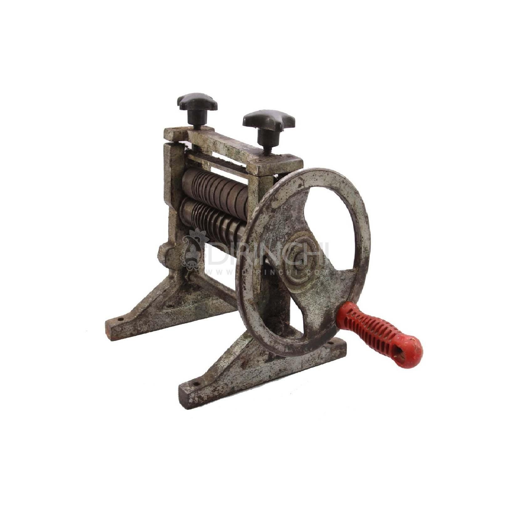 دستگاه نورد قدیمی