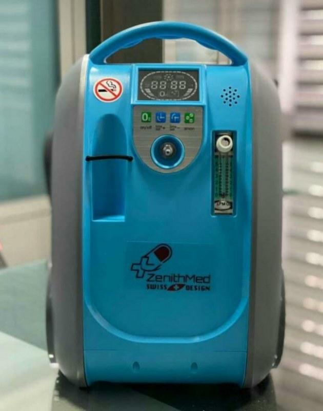 تصویر اکسیژن ساز 3 لیتری پرتابل زنیتمد سوئیس