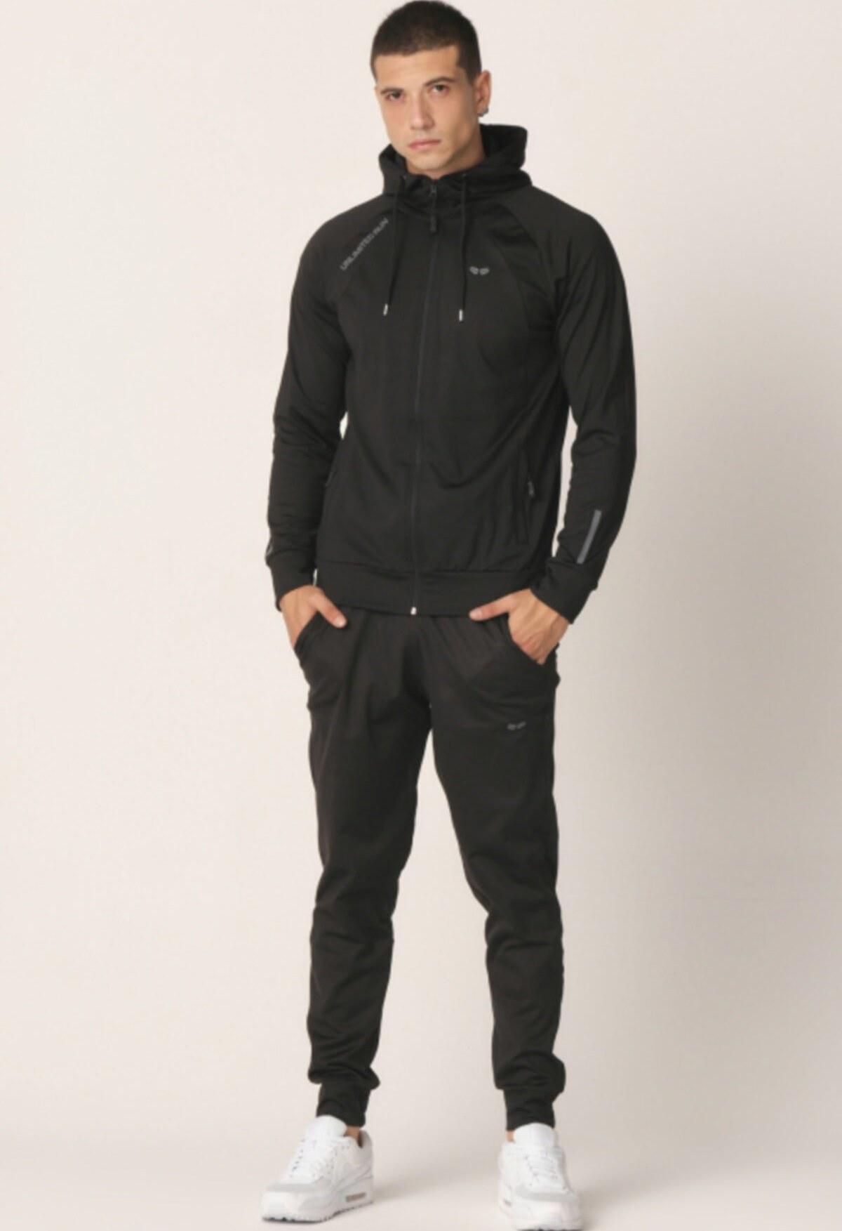 عکس ست لباس راحتی مردانه پارچه مشکی نوعی برند Mascarano کد 1605867835  ست-لباس-راحتی-مردانه-پارچه-مشکی-نوعی-برند-mascarano-کد-1605867835