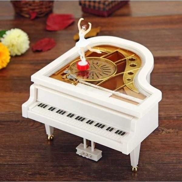 پیانو موزیکال کوچک YL-2012 |