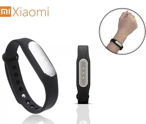 عکس دستبند سلامتی شیائومی Xiaomi Mi Band  دستبند-سلامتی-شیایومی-xiaomi-mi-band