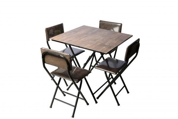 میز غذاخوری تاشو نگین چهار نفره ابعاد صفحه ۸۰*۸۰ |