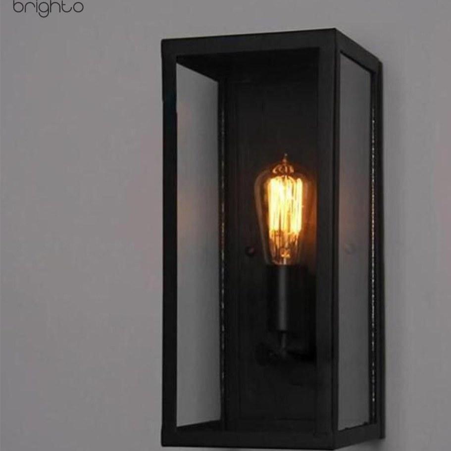 تصویر چراغ دیواری باکس فلزی