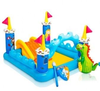 تصویر استخر بادی کودک با طرح قلعه مربعی