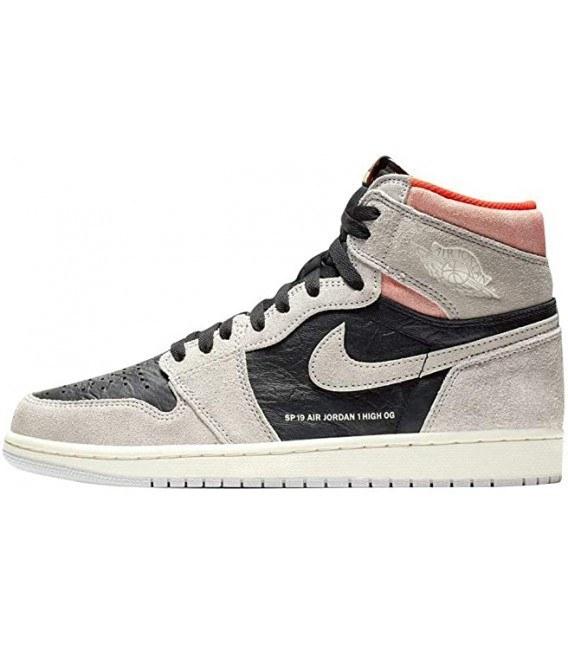 تصویر کفش بسکتبال زنانه ایر جردن Nike Air Jordan 1 Retro High OG
