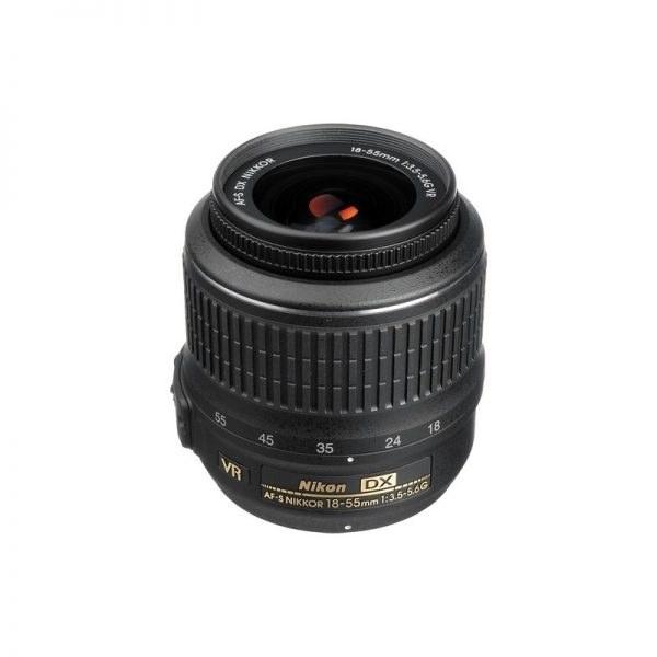 لنز Nikon AF-S DX Nikkor 18-55mm f/3.5-5.6G VR