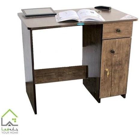 تصویر میز تحریر و کامپیوتر درسا