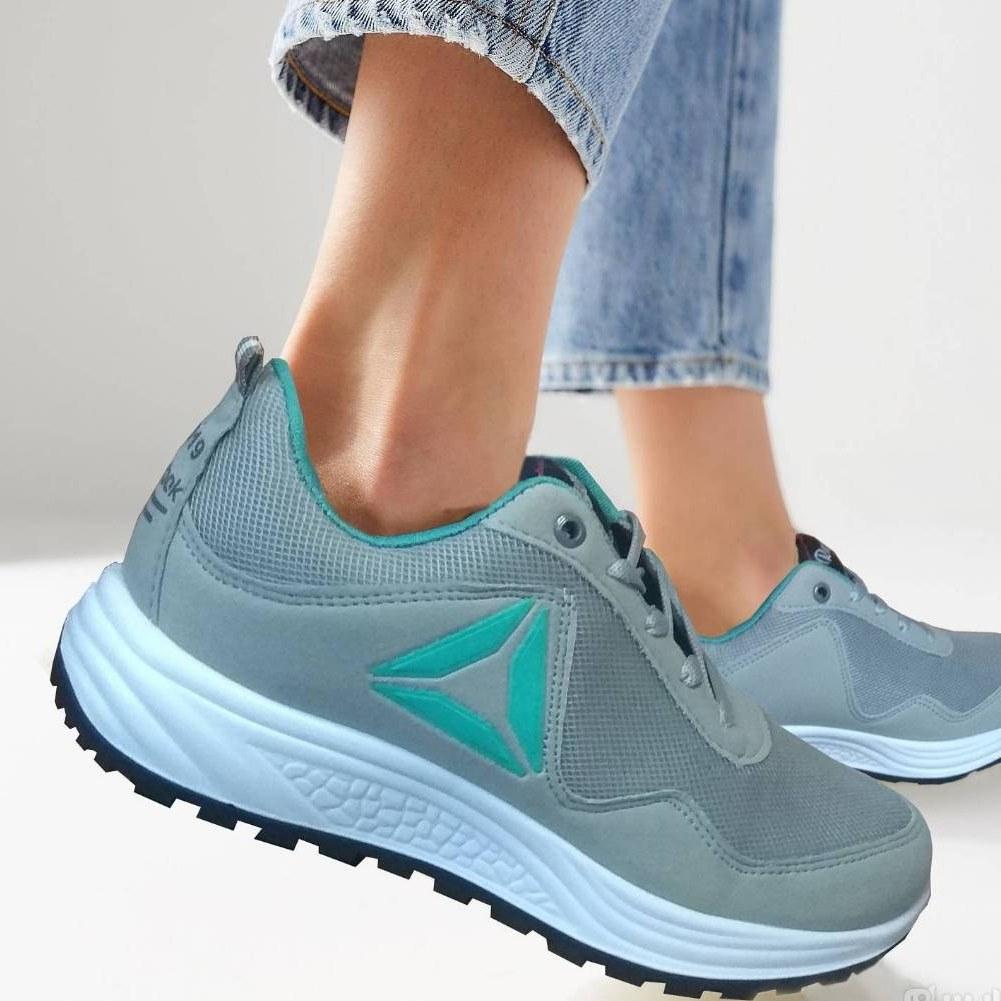 کفش اسپرت ریباک زنانه سایز 39 |
