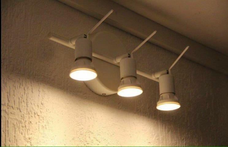 تصویر چراغ سقفی و دیواری ایکیا TROSS