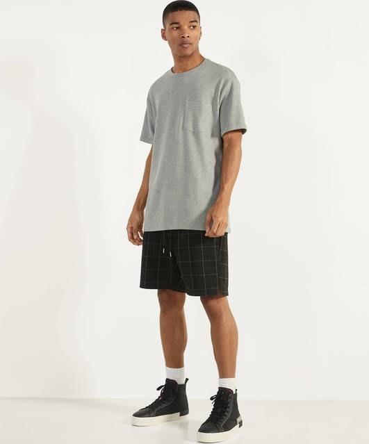 عکس شلوارک برشکا با کد 2678/168/800 ( Bermuda jogging shorts ) شلوارک مردانه برشکا شلوارک-برشکا-با-کد-2678-168-800-bermuda-jogging-shorts