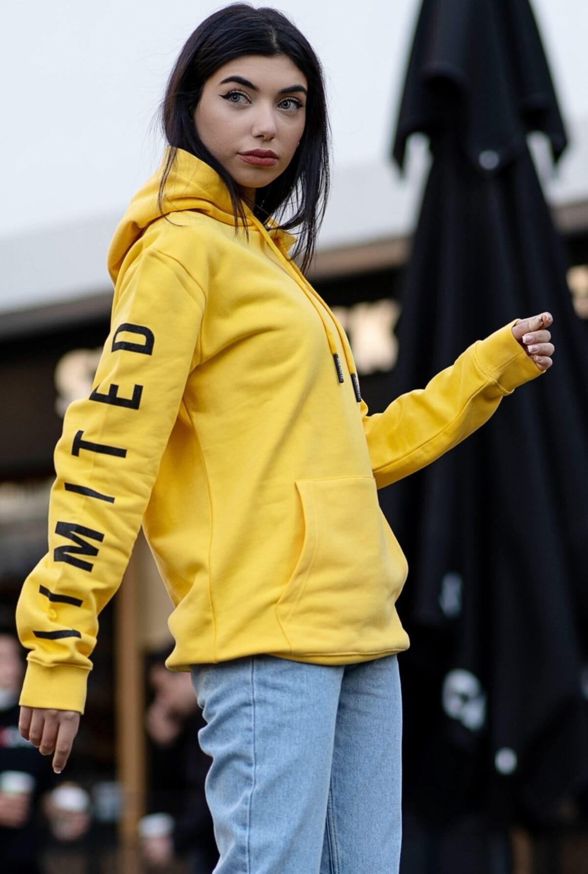 تصویر فروش سویشرت زنانه جدید برند BERNOTTİ79 رنگ زرد ty68817213