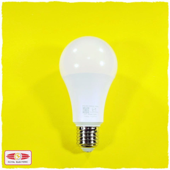 تصویر لامپ فوق کم مصرف 15 وات نمانور