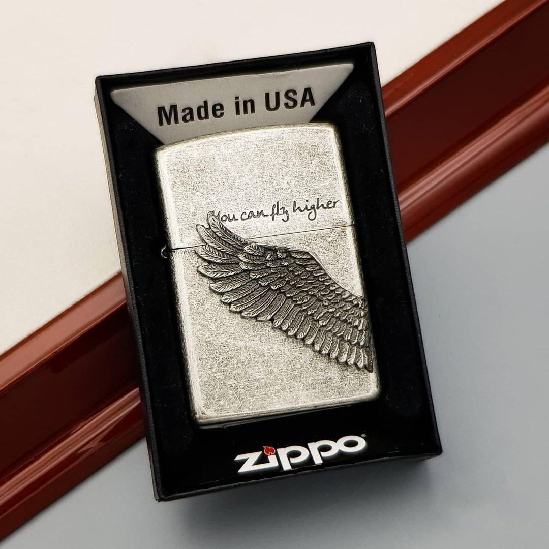 تصویر فندک بنزینی زیپو ZIPPO مدل FLY