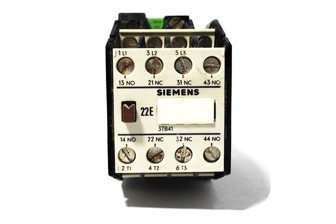 تصویر کنتاکتور زیمنس ، راه انداز موتور الکتریکی SIEMENS – 3TB4117-0B