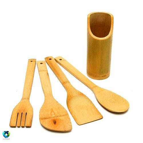 تصویر ست کفگیر و قاشق چوبی بامبو با استند چوب بامبو