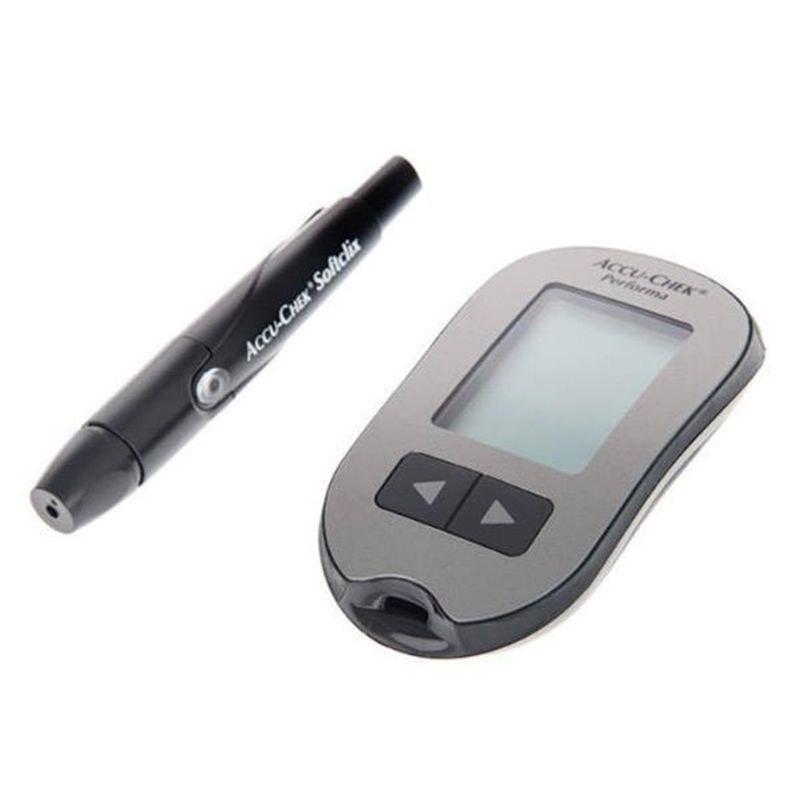 تصویر دستگاه تست قند خون آکیو چک مدل پرفورما Accu Chek performa Blood glucose monitor