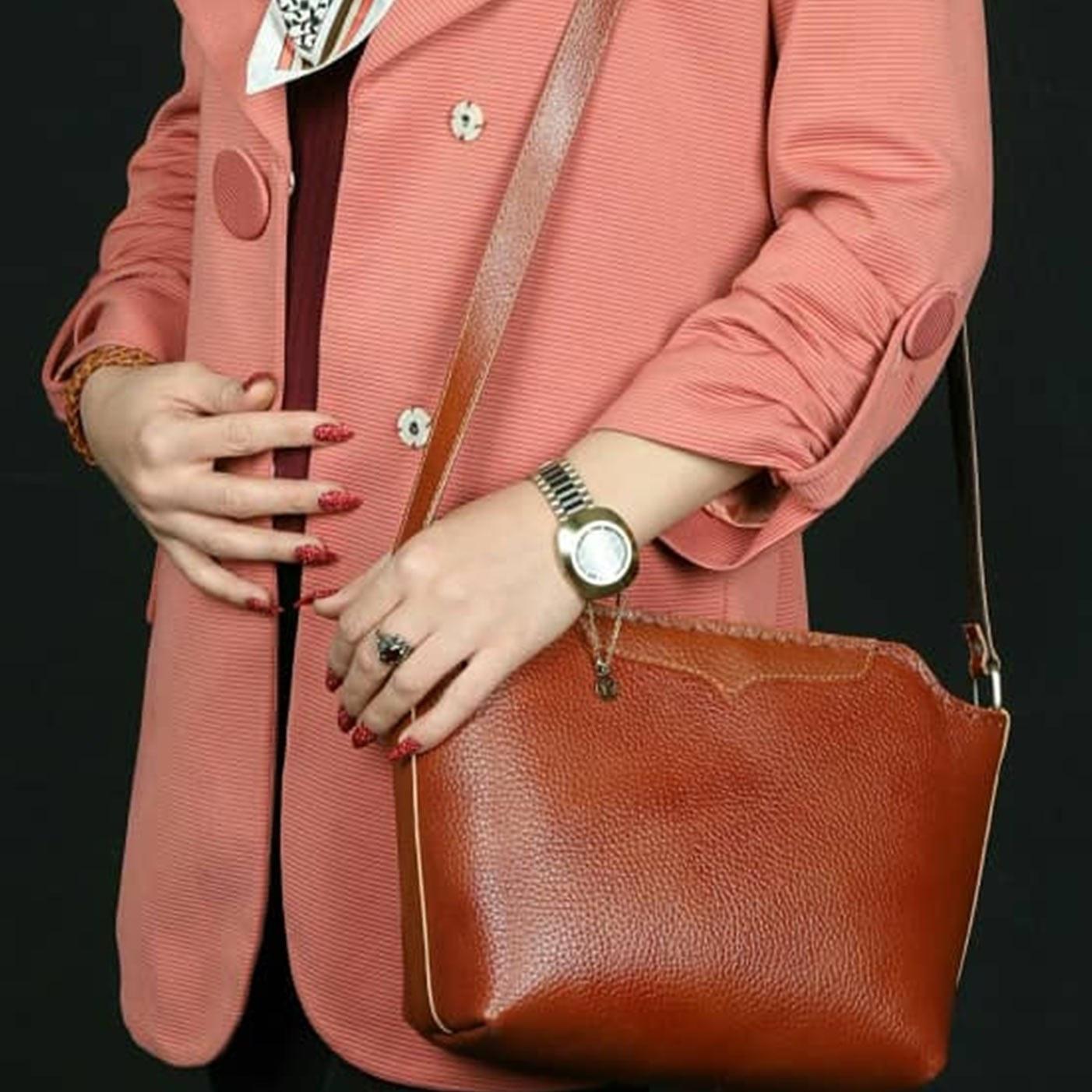 کیف زنانه چرم طبیعی و دست دوز / کد A109