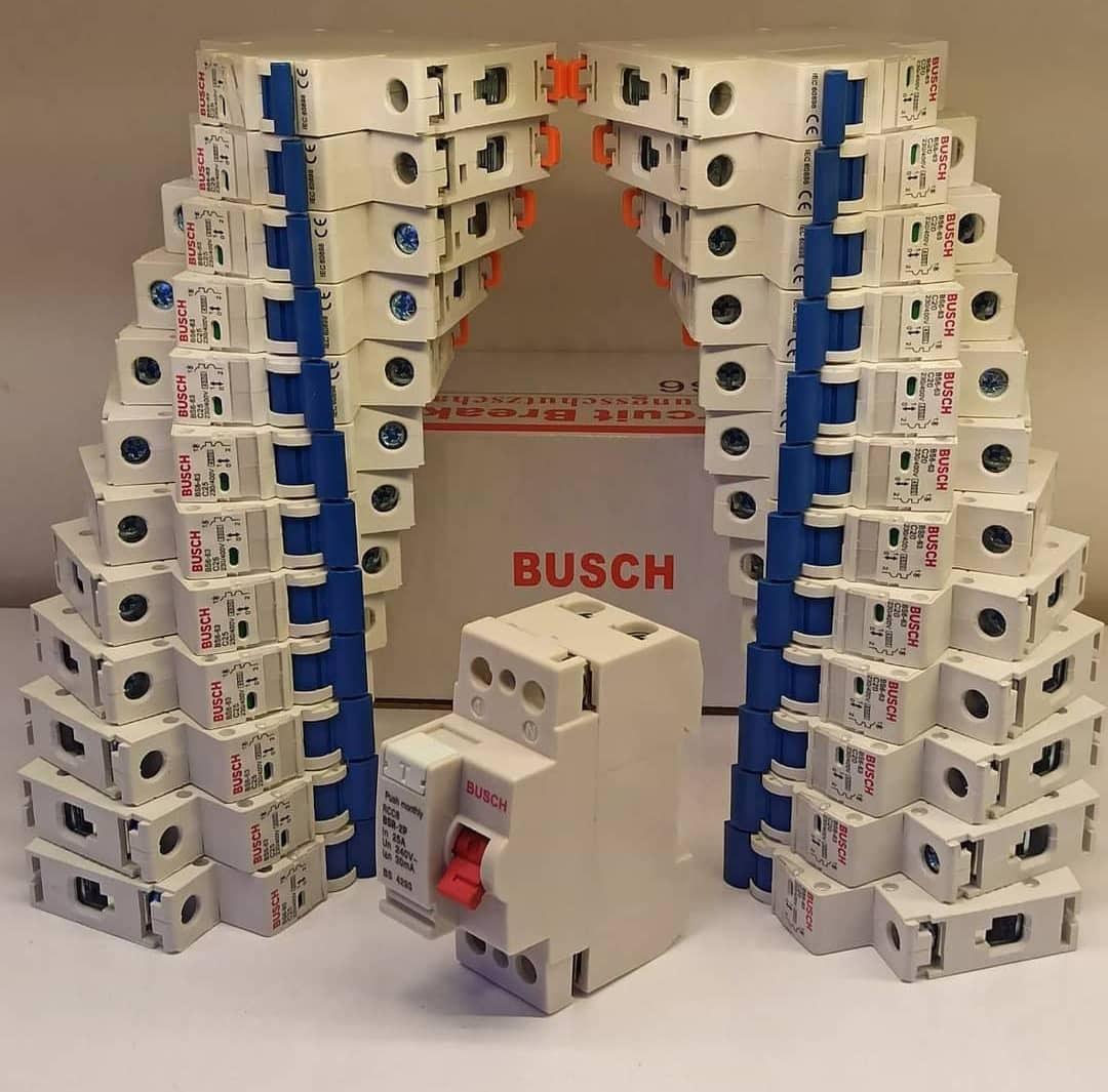 تصویر کلید محافظ جان تکفاز 32 آمپر BUSCH