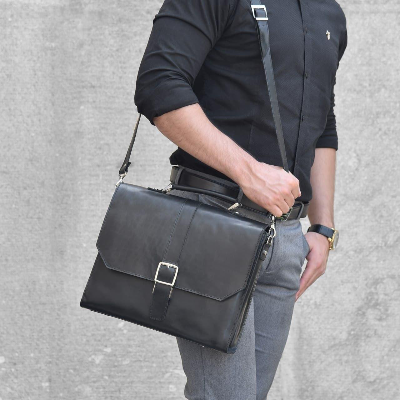 تصویر کیف اداری مردانه ساینا چرم مدل ۴۰۲S