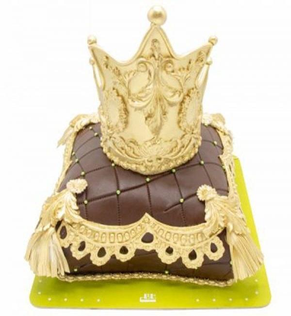 کیک تولد زرین تاج طلا |