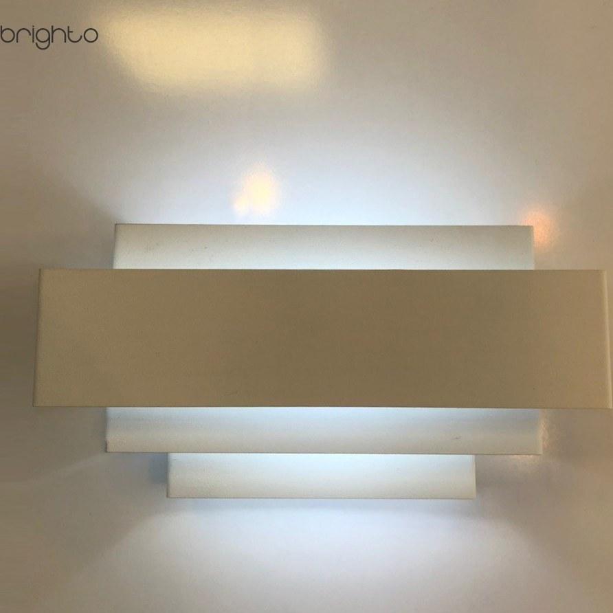 تصویر چراغ دیواری مدل آنبر