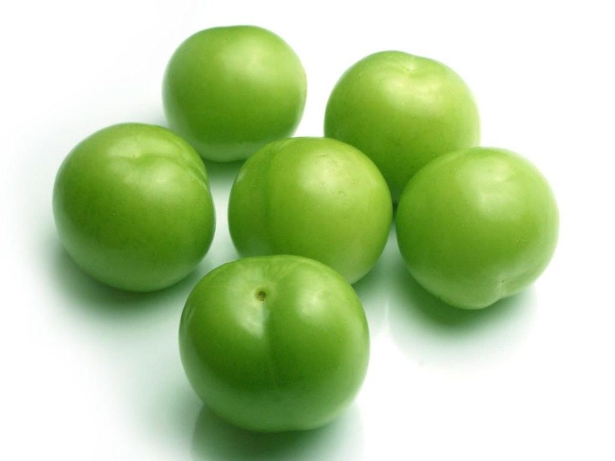 تصویر گوجه سبز درجه یک (500 گرمی)