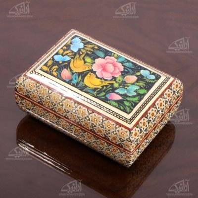 تصویر جعبه زیور آلات چوبی مستطیل خاتم و نگارگری سایز 12cm رنگ قهوه ای طرح گل و مرغ