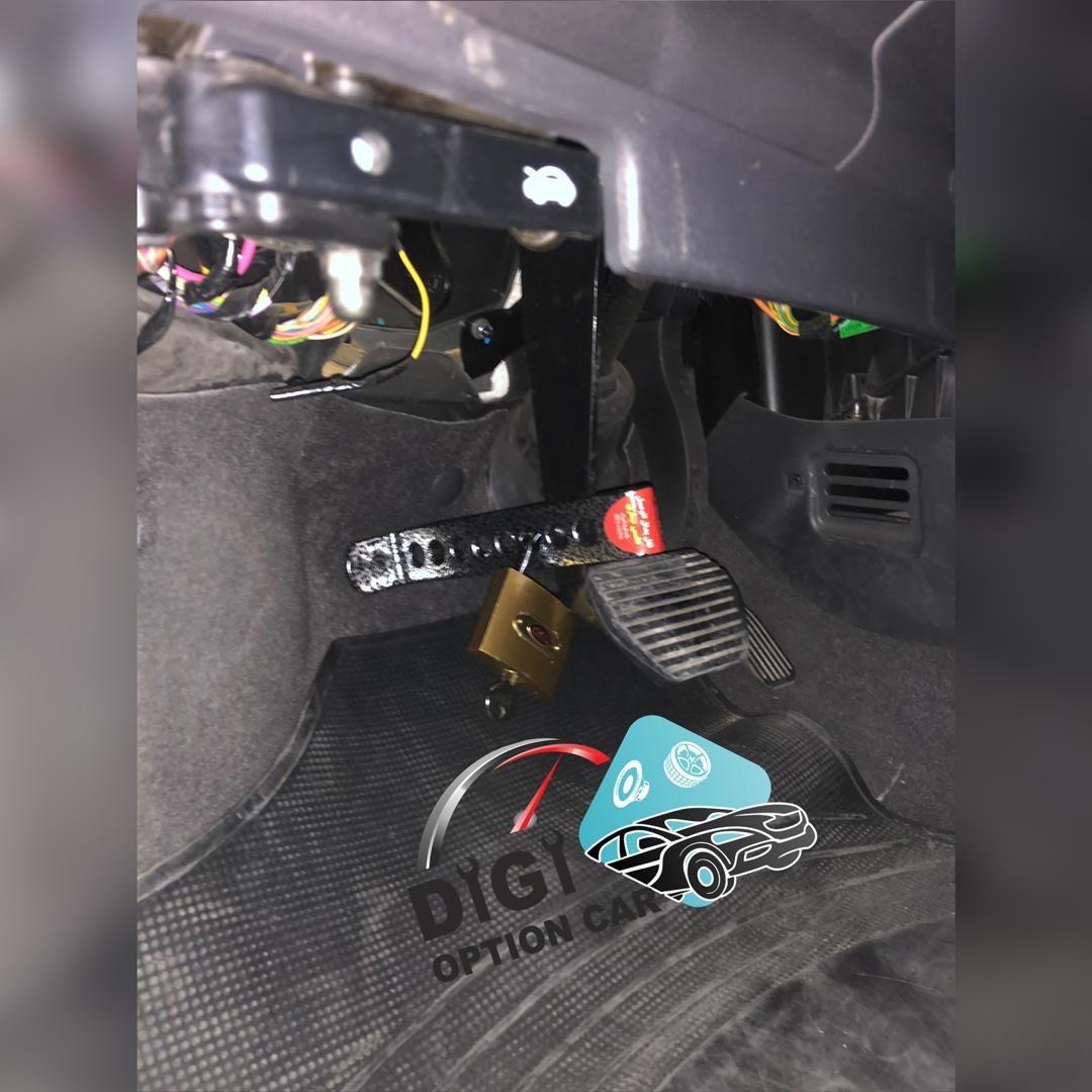 تصویر قفل پدال خودرو اتوماتیک