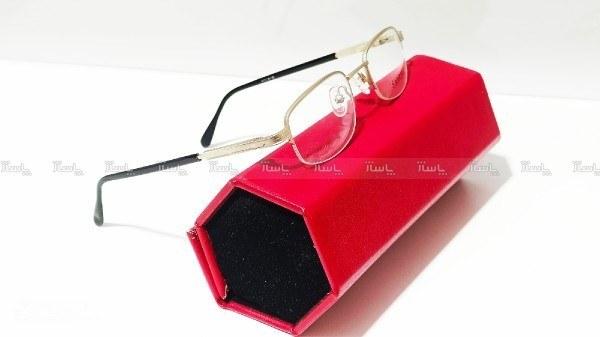 تصویر عینک طبی ( مطالعه)