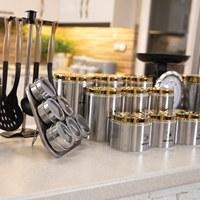 تصویر سرویس آشپزخانه 30 پارچه استیل درب طلایی(PVD)