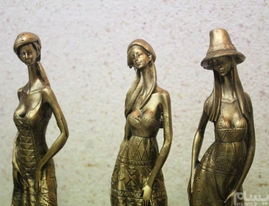 ست مجسمه دختران مانکن برنزی 3 عددی |
