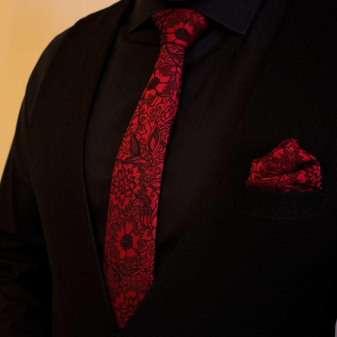 عکس کراوات و دستمال جیب مدل آوین  کراوات-و-دستمال-جیب-مدل-اوین