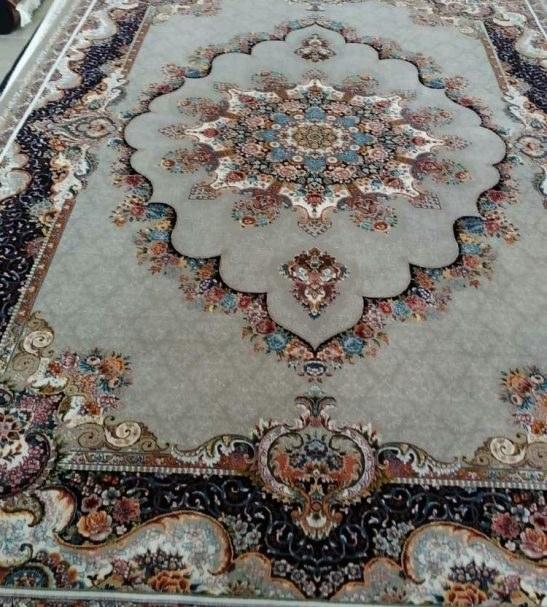 فرش نقش نیلا فیلی رنگ 700 شانه 12 متری  