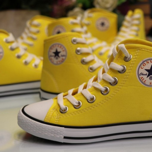 کفش آل استار با قیمت فوق العاده و جذاب