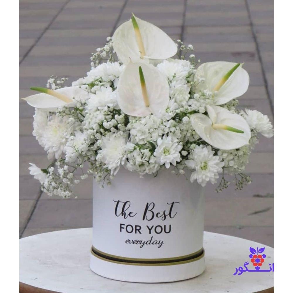 تصویر باکس گل با تم سفید